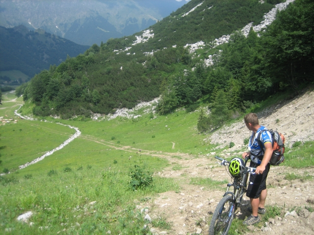 Umleitung über einen Skihang bei Piani di Bobbio (1.662 m)