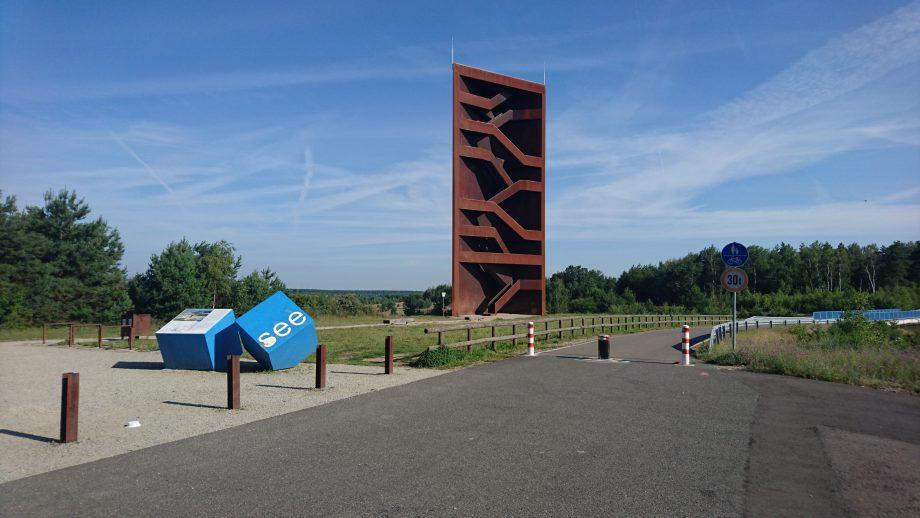 Landmarke / Aussichtsturm »Rostiger Nagel« am Sornoer Kanal.