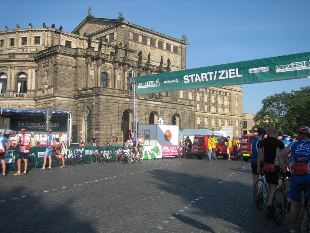Sart- / Ziel-Bereich an der Semper-Oper