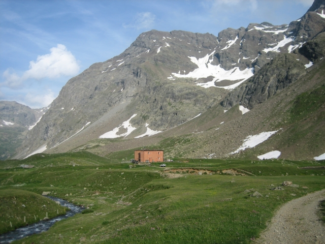 Rifugio Val Viola (2.134 m)
