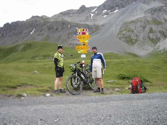 Döss Radond (2.234 m) - es ist nach der Anfahrt im Regen frisch (Ich hab lange nicht sooo gefroren!).
