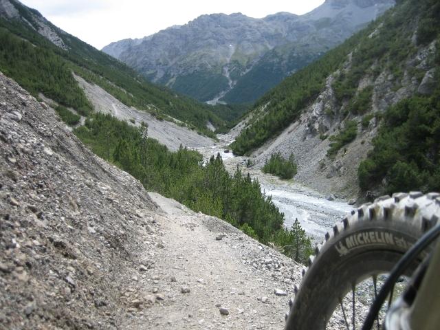 Der Trail im Val Mora