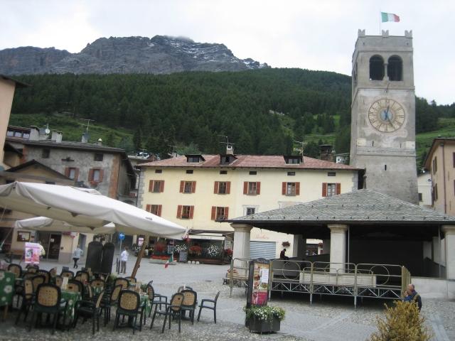 Bormio, zentraler Platz in der Altstadt